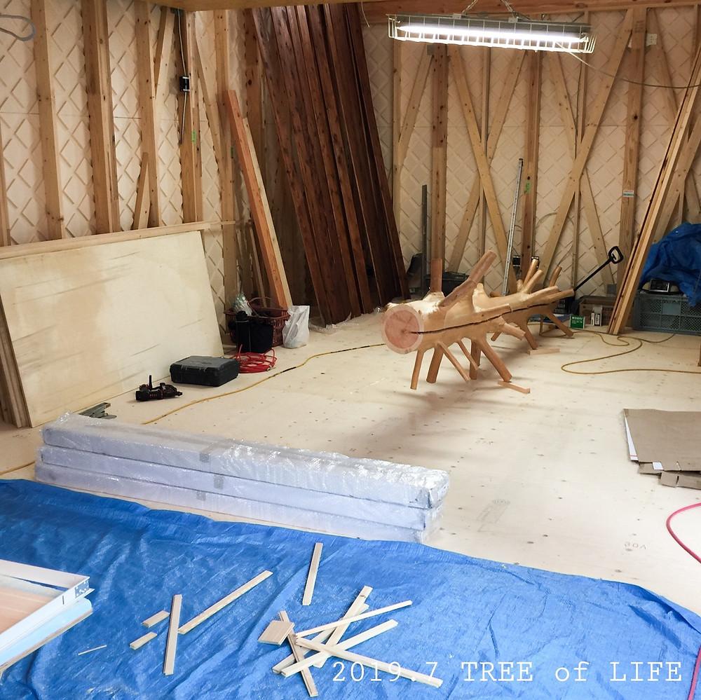 ⑤1階リビング 吉野杉と塗装済槙