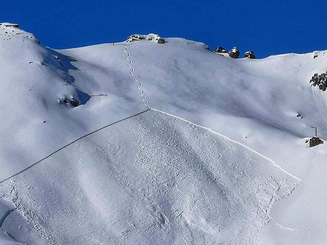 avalanche de plaque dans les Hautes-Alpe