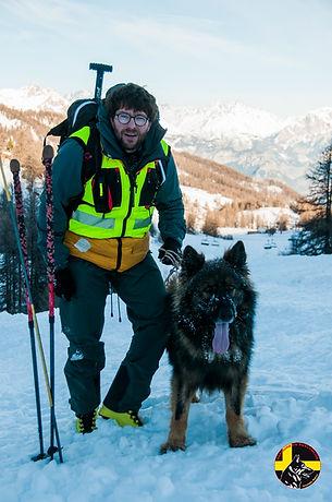 Maître chien d'avalanche Névache Hautes-Alpes
