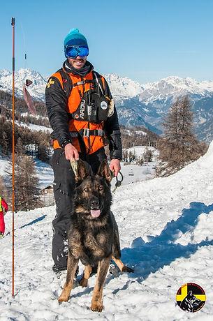 Maître chien d'avalanche Risoul Hautes-Alpes