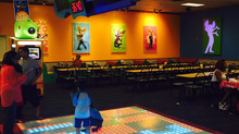Chuck E Cheese New Live Stages