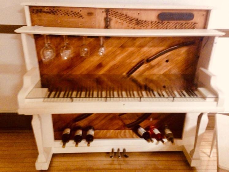 piano bar 2018.jpg