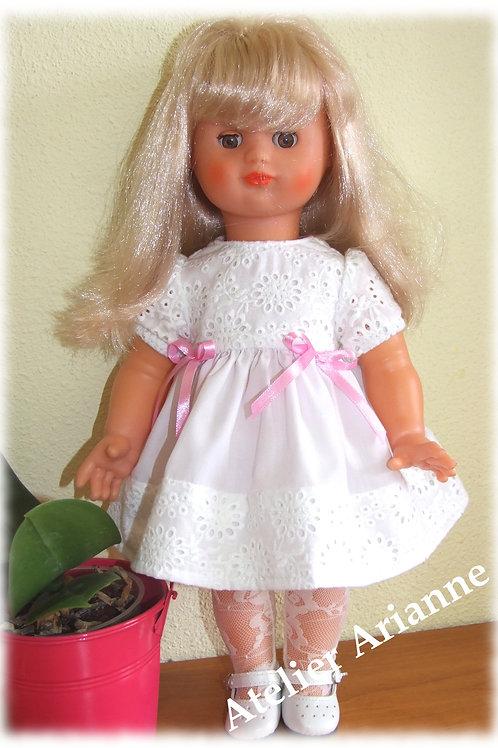 Reproduction tenue Sofia pour poupée Emilie de Modes Et Travaux