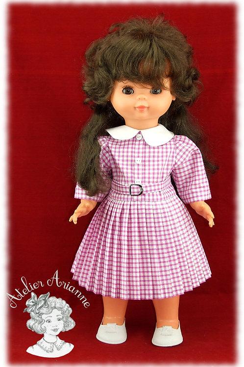 Reproduction de la tenue d'origine pour poupée Bella 45 CM