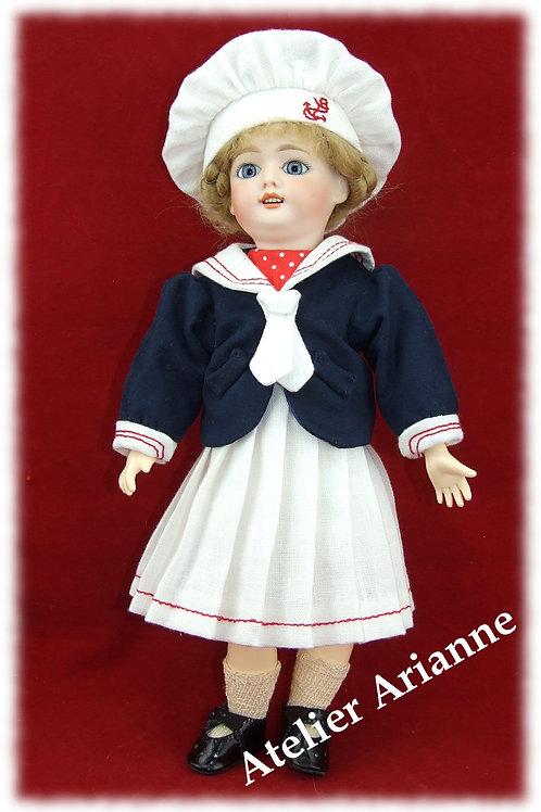 Juin 1908 , costume marin, reproduction de tenue pour poupée Bleuette