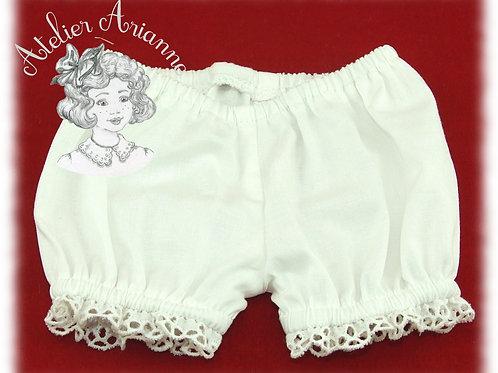 Culotte blanche pour poupée