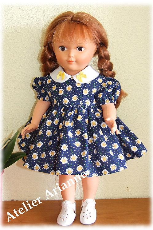 Tenue Margot pour poupées Modes et Travaux