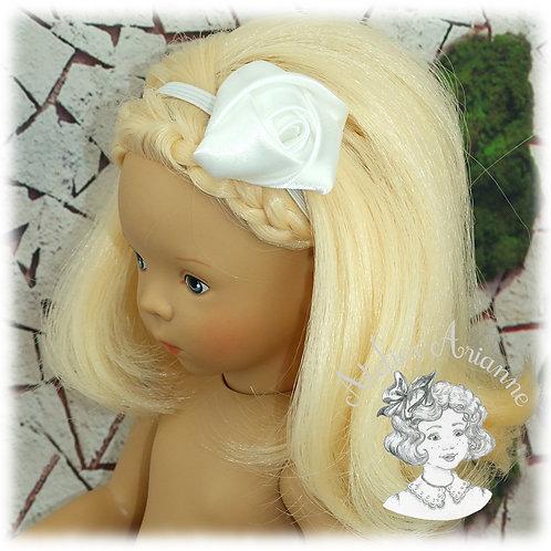 Serre-tête élastique avec rose en satin - couleur blanc neige