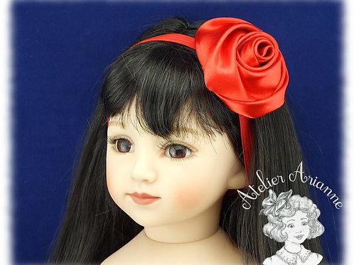Serre-tête élastique avec rose en satin - couleur rouge rubis
