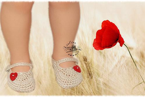 Réservé Chaussures poupée Modes et Travaux Françoise Écru cœur rouge
