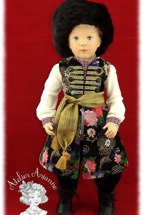 Modèle unique, tenue Maksim de la série Moscou, costume traditionnel russe