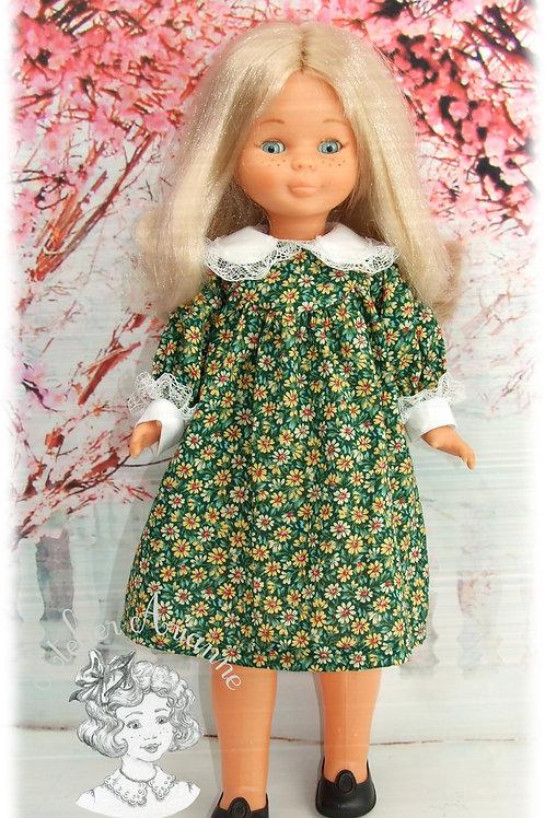 Alina tenue pour poupée Nancy de Famosa