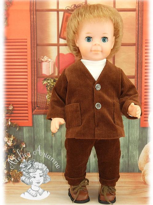 REPRODUCTION Tenue pour poupée Jean-Michel Modes et Travaux Septembre 1970