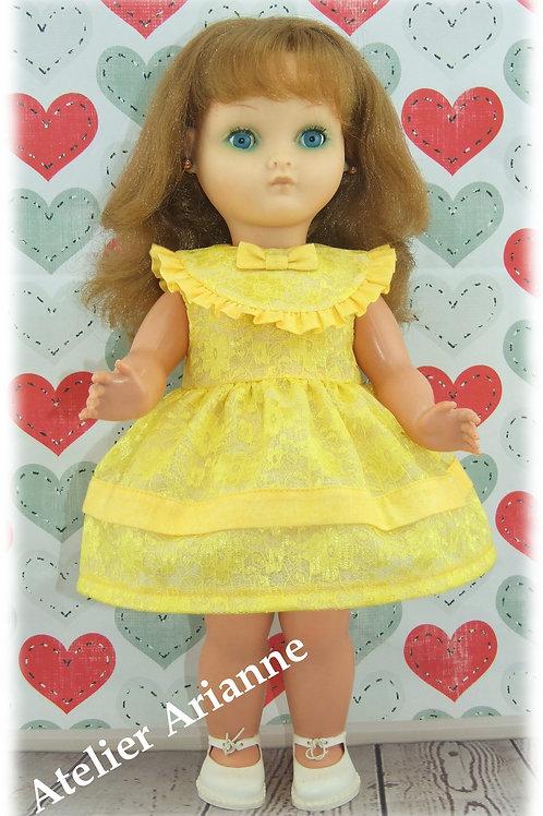 Reproduction d'une tenue d'origine pour poupée Bella