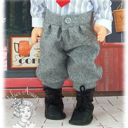 Pantacourt assorti à la tenue Octobre 1982 pour poupée Jean-Michel