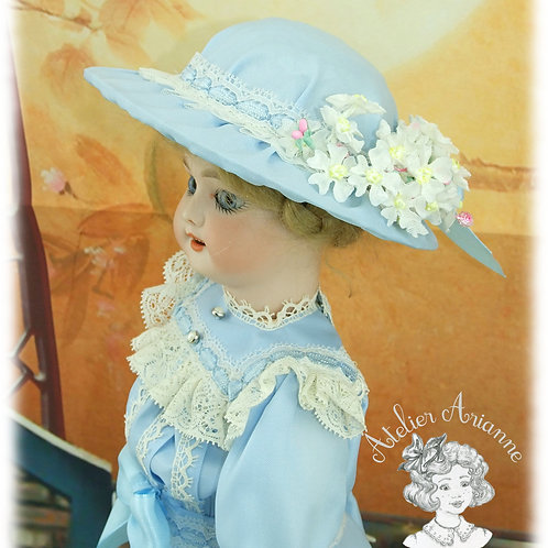 Chapeau Louisa pour poupée Bleuette 27 cm