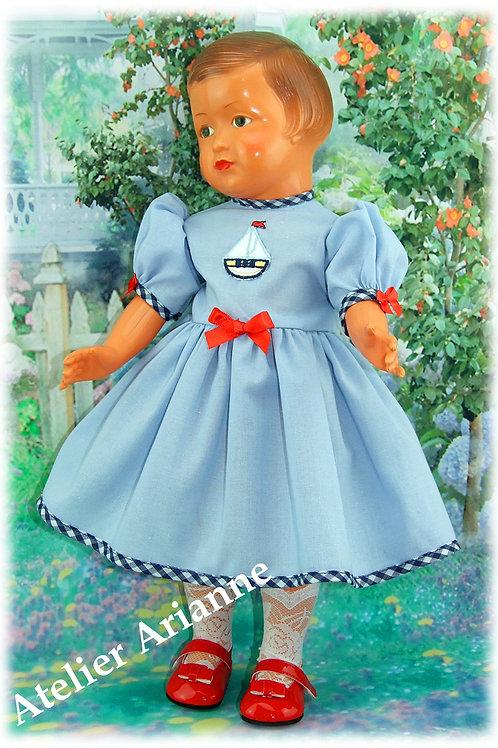 Robe Jacqueline pour poupée Françoise de Modes et Travaux