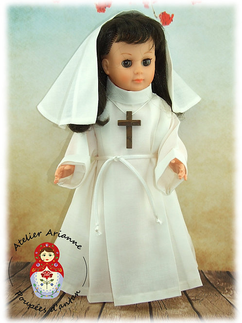 Mai 1983 Tenue pour poupée Marie-Françoise Modes et Travaux