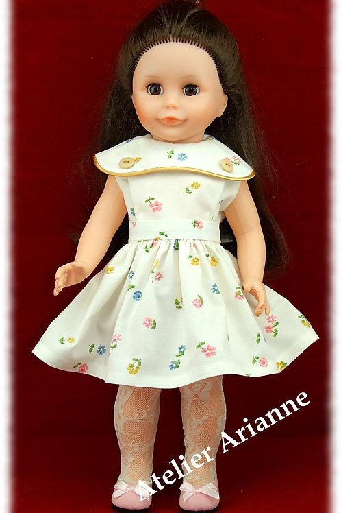 Tenue Eliane pour poupée Marie-Françoise de Modes et Travaux
