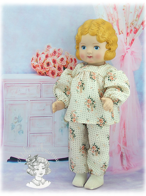 Pyjama pour poupée de 45 cm
