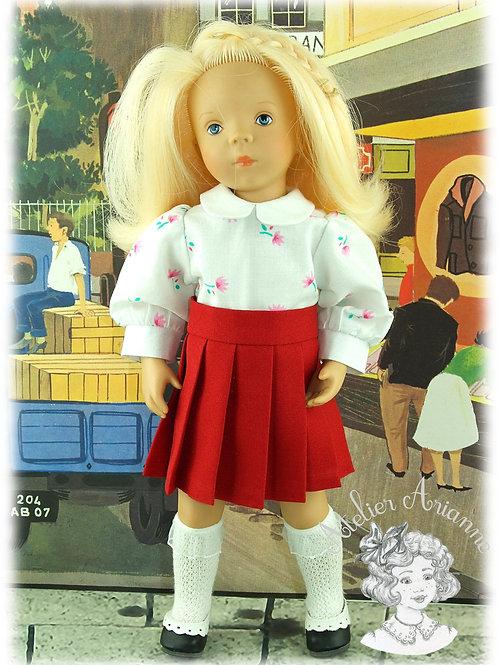 Chemise et jupe plissée pour poupée Minouche de 33 cm