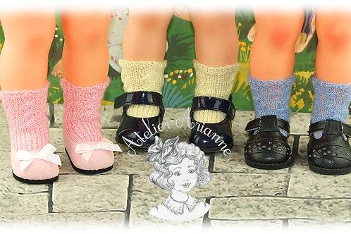 Chaussettes pour la tenue de Janvier 1961 tricotées pour Marie-Françoise
