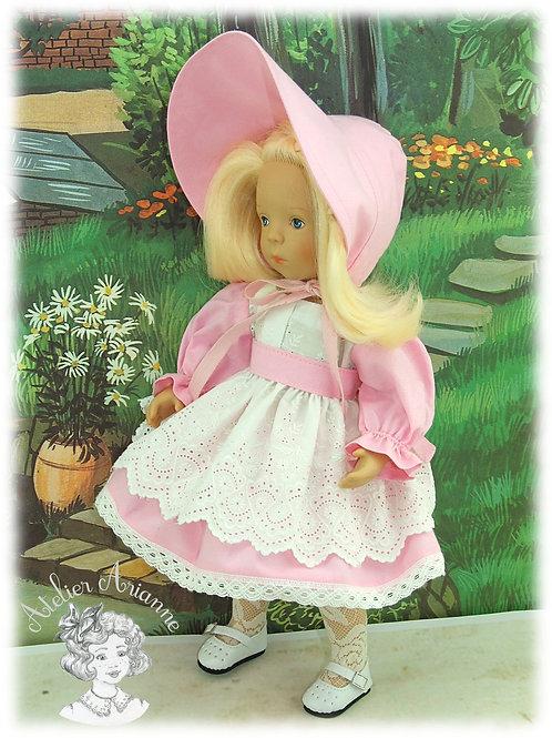 Décembre 1977 Tenue pour poupée Minouche