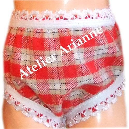 Culotte rouge à carreaux poupée Modes et Travaux - Françoise