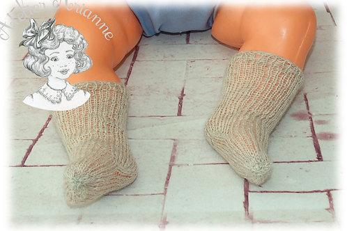 Chaussettes beige tricotées bas pour : Michel, Jean-Michel-Emilie