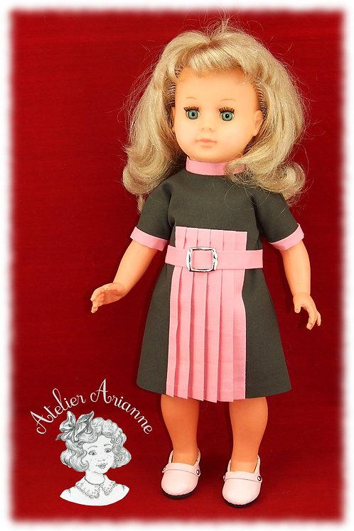 Amelia tenue pour poupée Marie-Françoise de Modes et Travaux