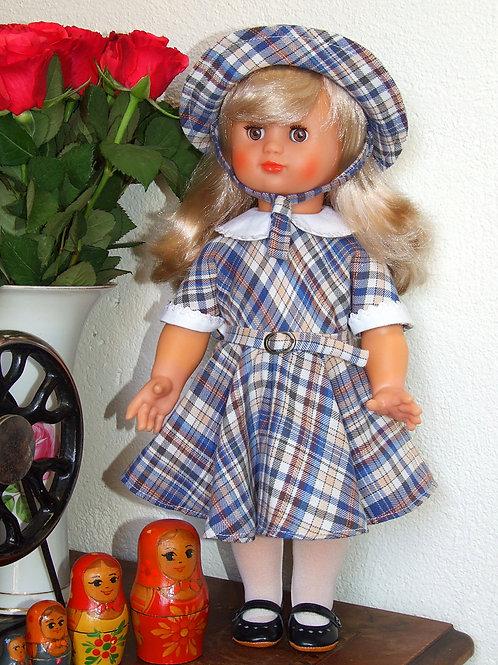 Tenue pour poupée Emilie Modes et Travaux Avril 1954