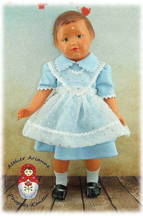 Tablier Tenue septembre 1957 pour poupées Modes et Travaux
