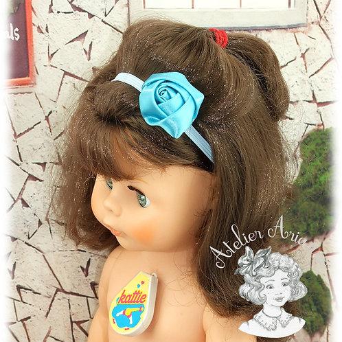 Serre-tête élastique avec rose en satin - couleur bleu turquoise