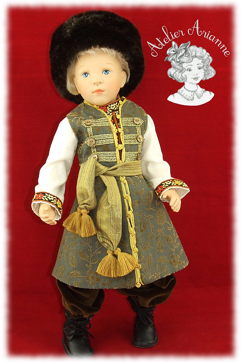 Modèle unique, tenue Ivan de la série Moscou, costume traditionnel russe