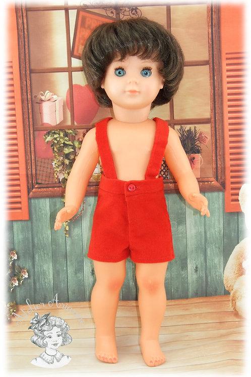 Short à bretelles pour poupées de Modes et Travaux