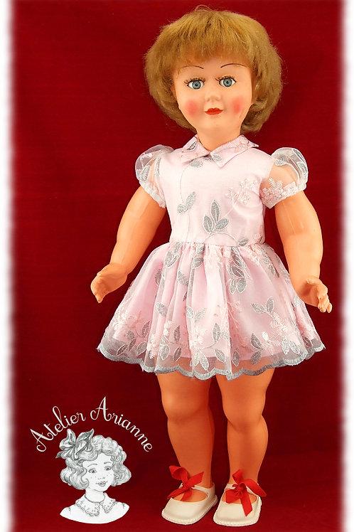 Reproduction de la tenue d'origine pour poupée Bella 63 CM