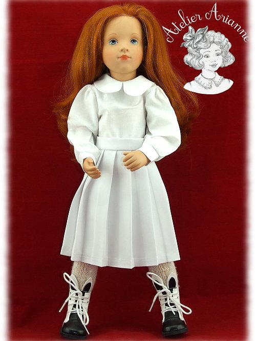 Chemise et jupe plissée pour poupée Starlette