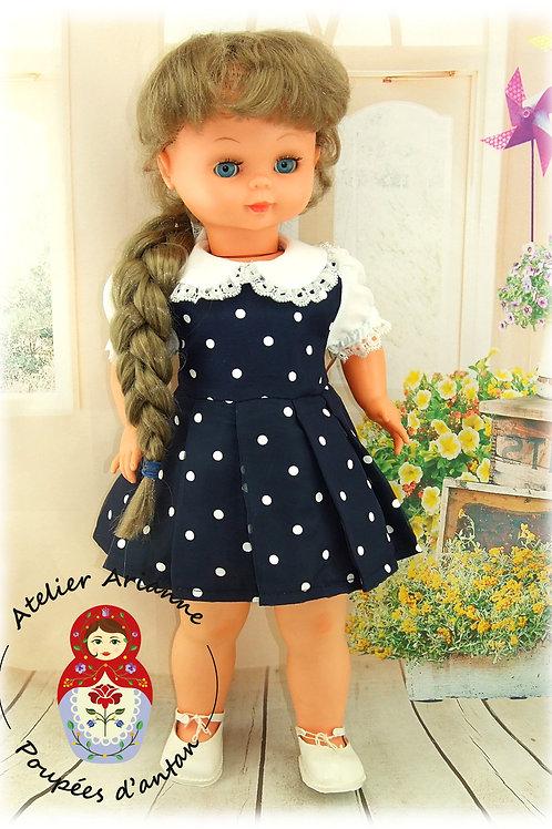 Reproduction de la tenue originale pour poupée Famosa 57 cm