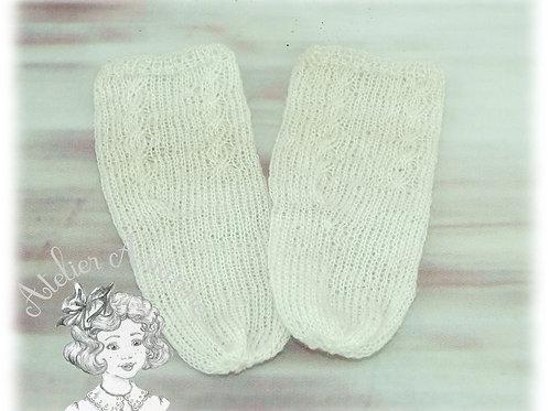 Chaussettes tricotées pour poupée de 70 cm