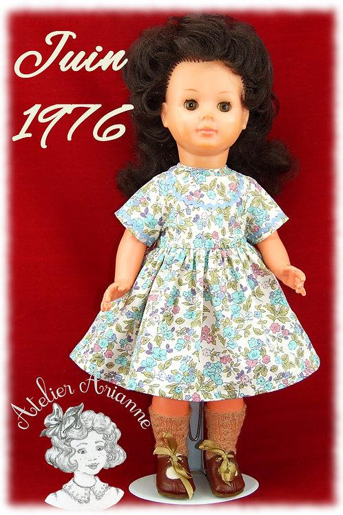 Juin 1976 Tenue pour poupée Marie-Françoise Modes et Travaux