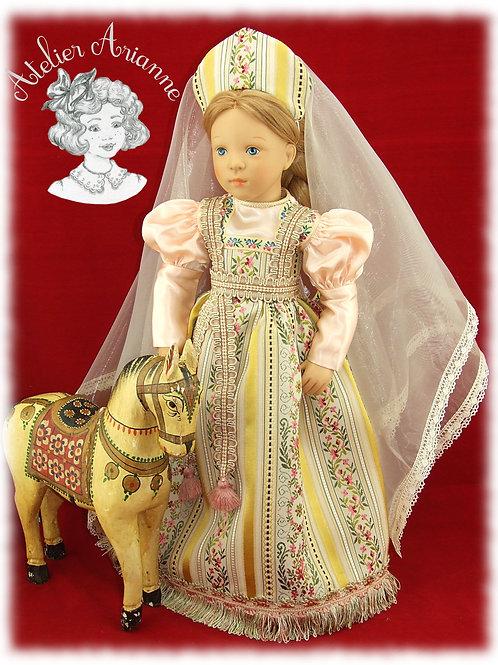 Modèle unique, tenue Ekaterina de la série Moscou, costume traditionnel russe