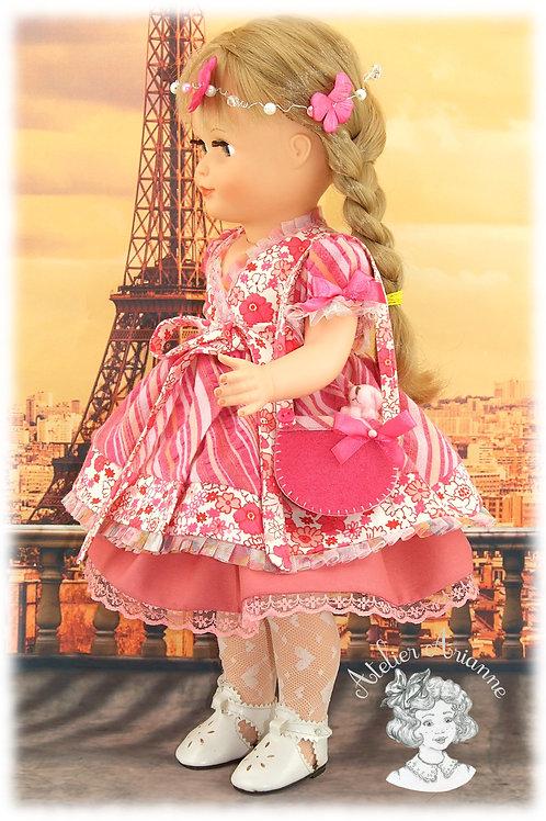 """Pièce unique - tenue Mona de la série """"Visite à Paris"""""""