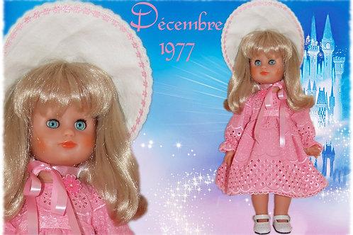 Tenue pour poupée Françoise Modes et Travaux Décembre 1977