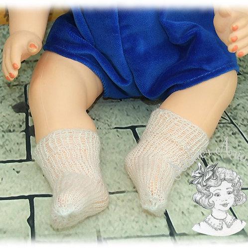 Chaussettes tricotées pour poupée Michel