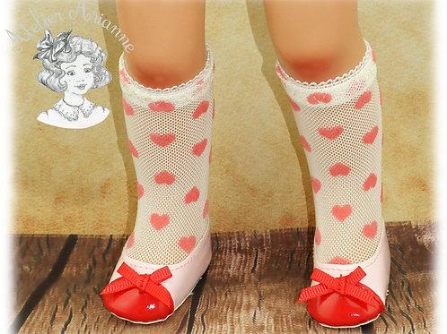 Chaussettes en dentelle cœurs roses pour poupée Patsy