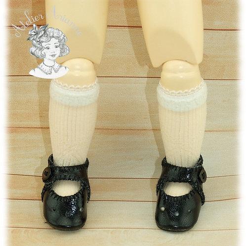 Chaussettes en dentelle pour poupée Bleuette