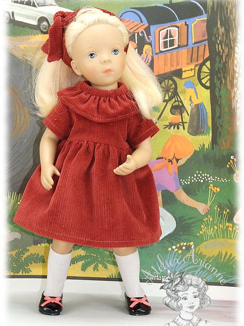 Alicia robe et serre tête -Tenue pour poupée Minouche de Petitcollin