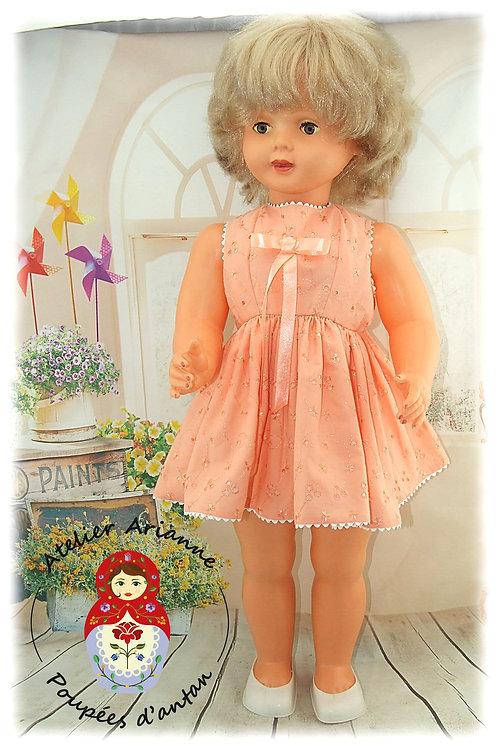 KSENIA OCTOBRE 1962 Tenue pour poupée 60 cm