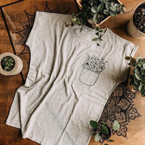 T-Shirt Flower Pocket