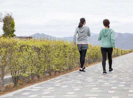 歩き方・ウォーキング姿勢を整える効果と今できることの解説。千葉県船橋のスタジオで改善!